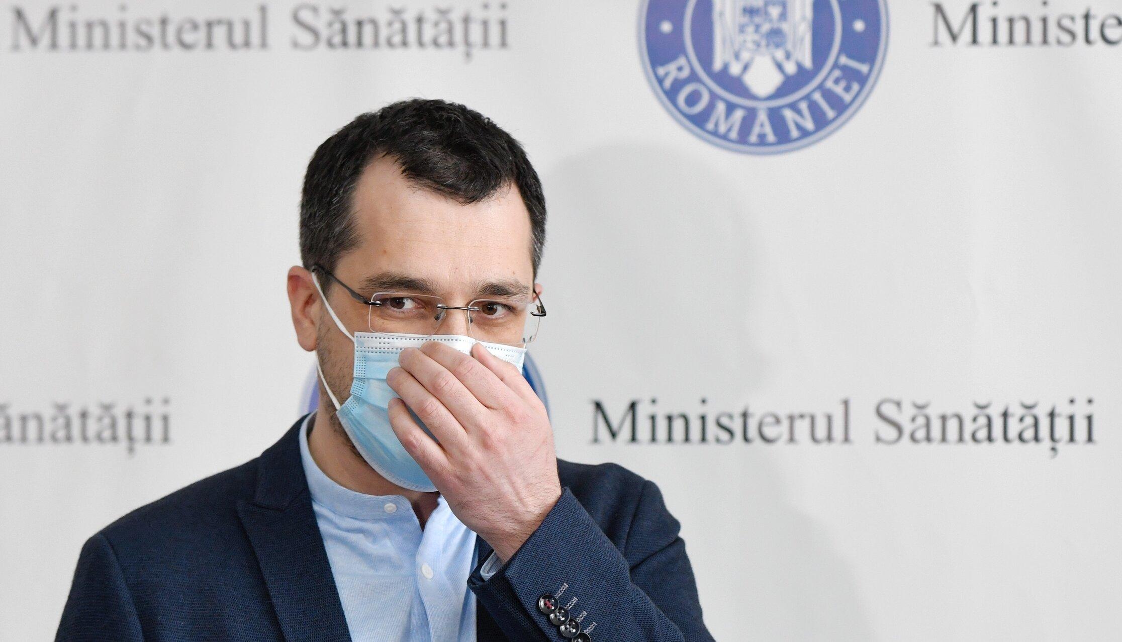 Vlad Voiculescu a fost demis din funcția de ministru al Sănătății. Dan Barna, interimar