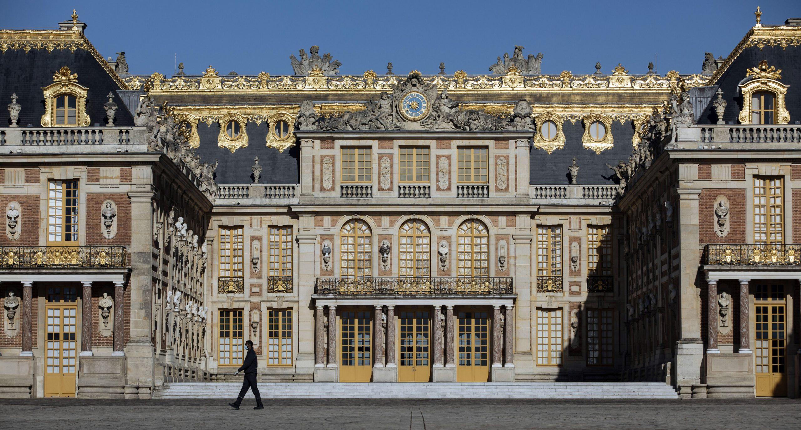 Franța  Relaxarea restricțiilor se realizează în 4 etape. Până la 1 iulie vor fi ridicate majoritatea măsurilor