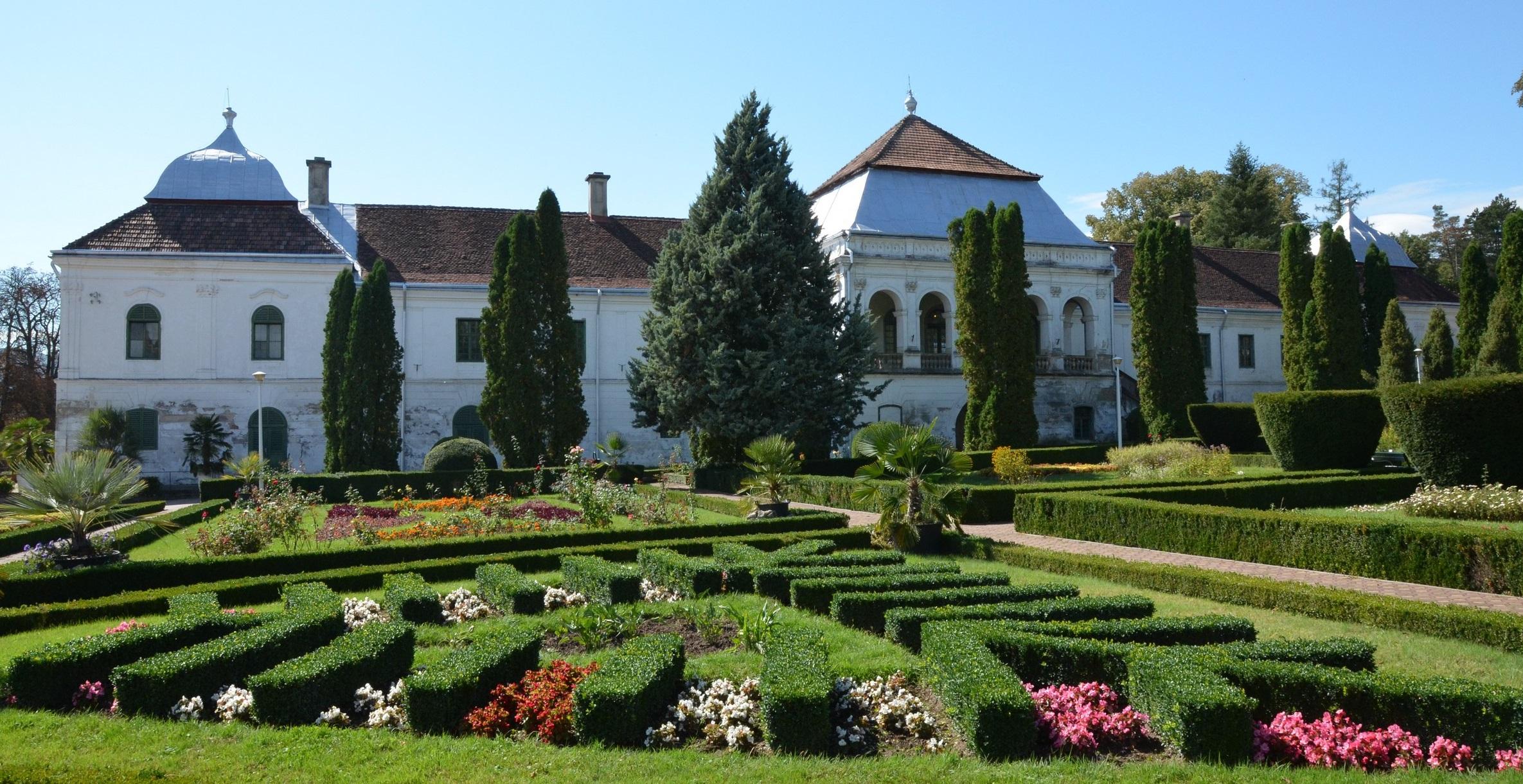 """Castelul Wesselenyi din Transilvania a fost vândut în Ungaria cu 800.000 de euro, pentru că statul român """"s-a mișcat prea greu"""""""