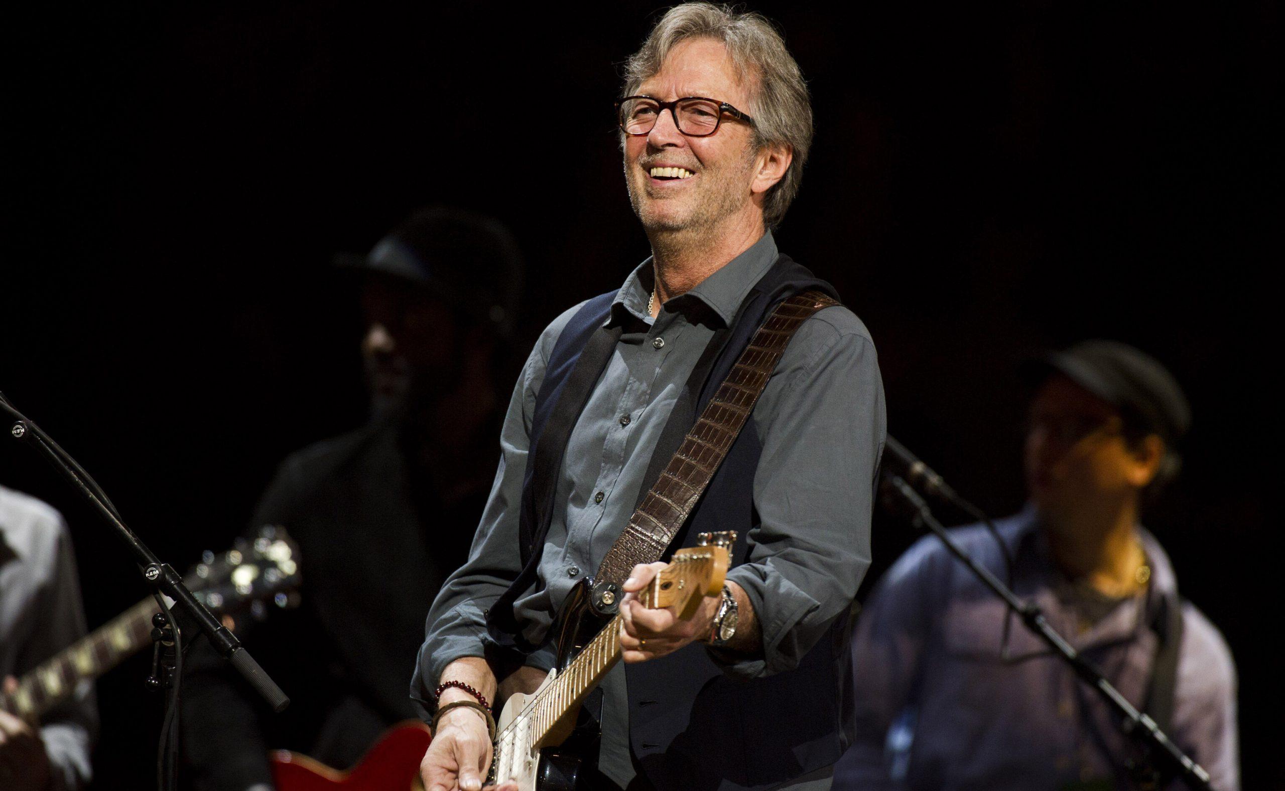 Eric Clapton nu va susține concerte în locații care solicită spectatorilor dovada vaccinării