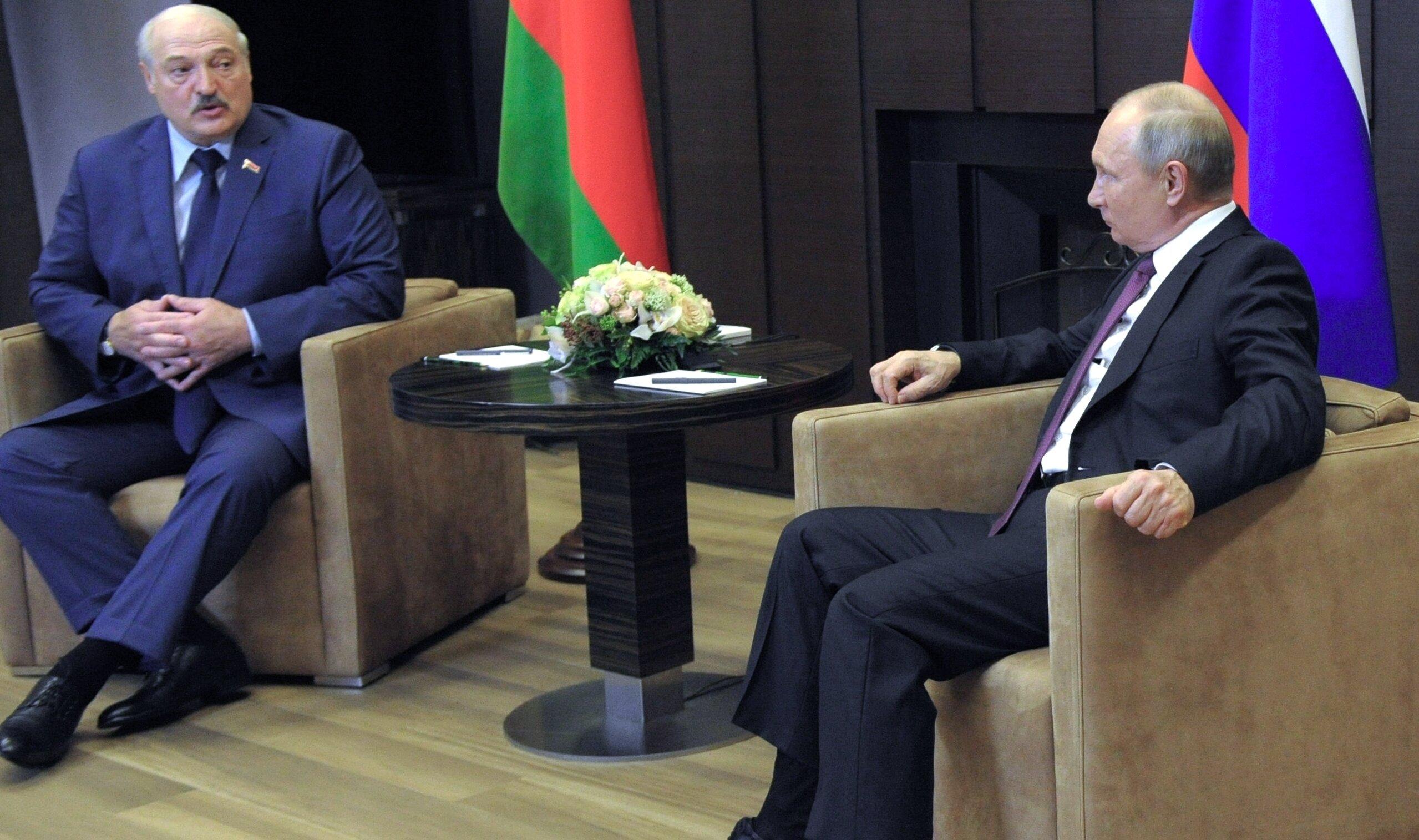 """Putin acuză Vestul de ipocrizie. """"Când avionul președintelui Boliviei a fost forțat să aterizeze la Viena nu s-a întâmplat nimic"""""""