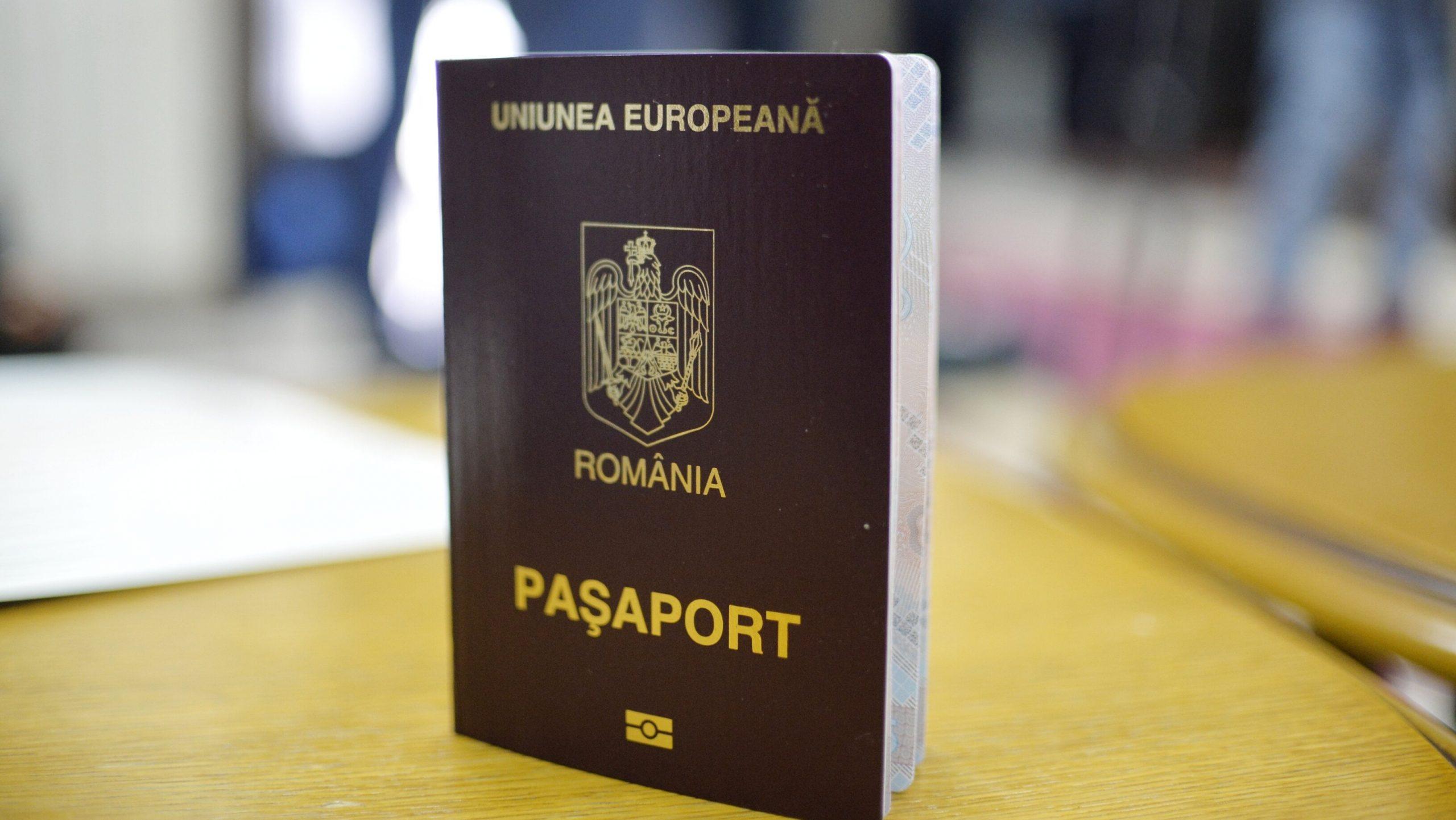 Serviciul Pașapoarte are program prelungit, pe timpul verii. Cererile de eliberare se depun în baza programărilor online