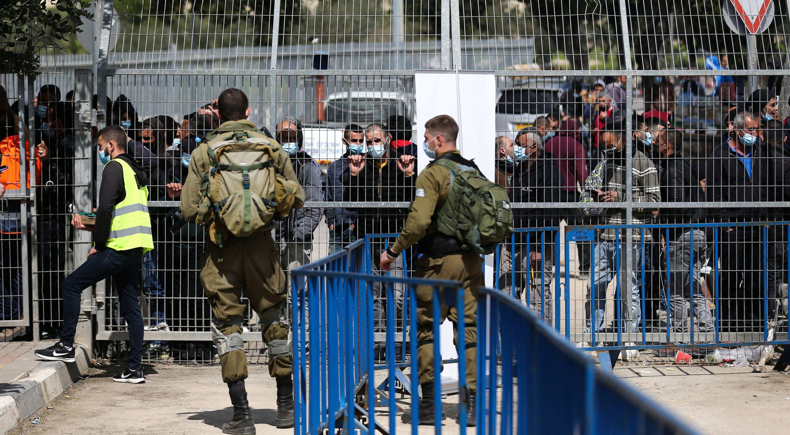 Israel împrumută palestinienilor 1,4 milioane de doze de vaccin anti-Covid aproape expirate și așteaptă unele proaspete la schimb