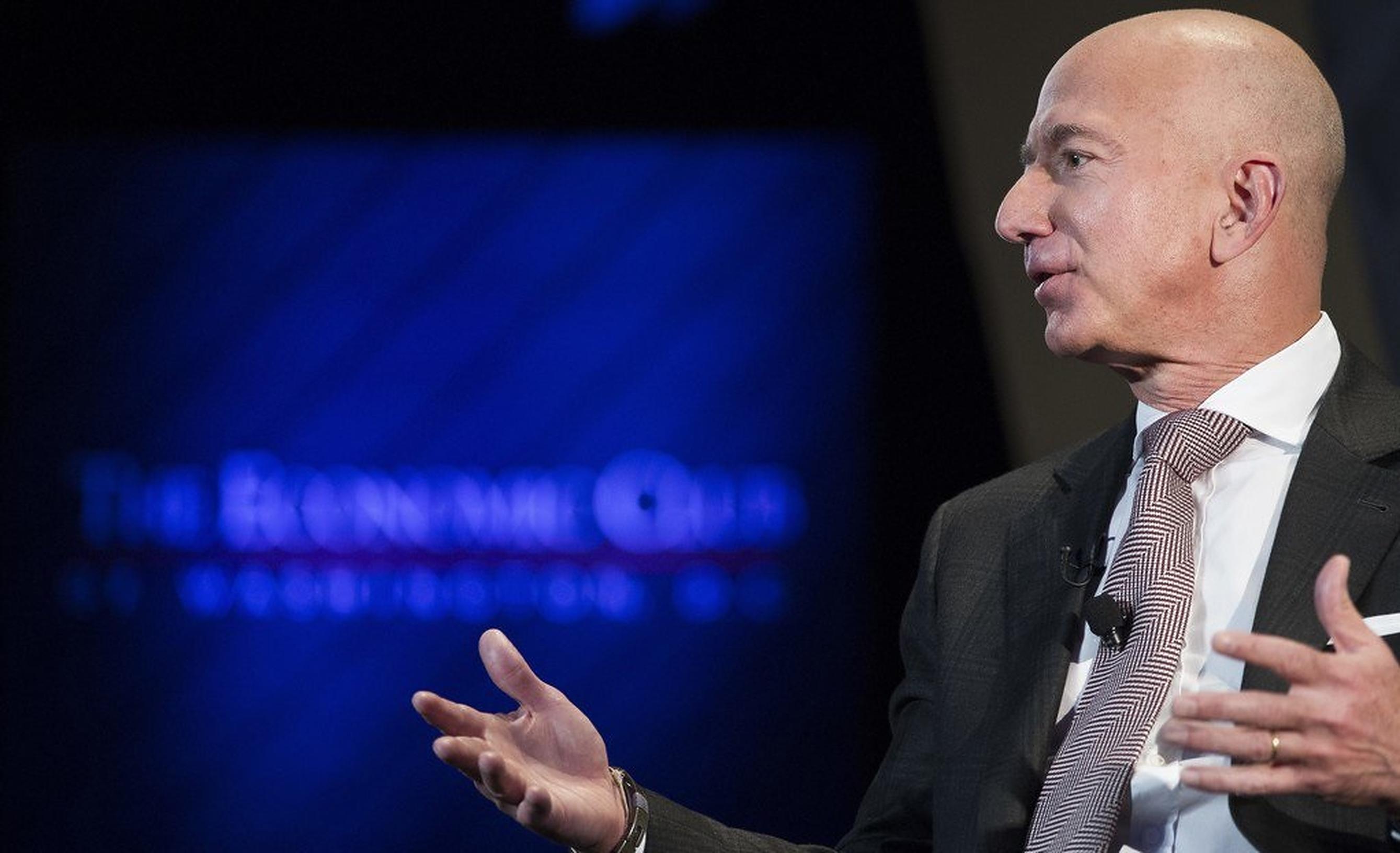 Jeff Bezos: Drumul din suburbiile Seattle-ului până în spațiu