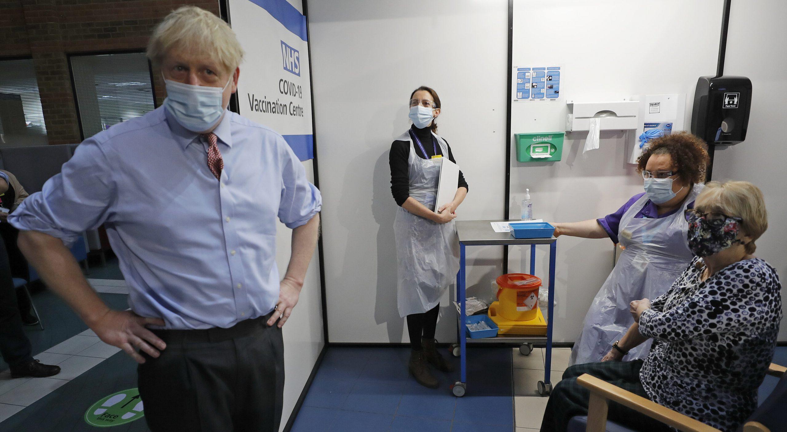 """Boris Johnson a refuzat să impună carantină, motivând că oricum """"mor doar vârstnicii"""", spune fostul său consilier"""