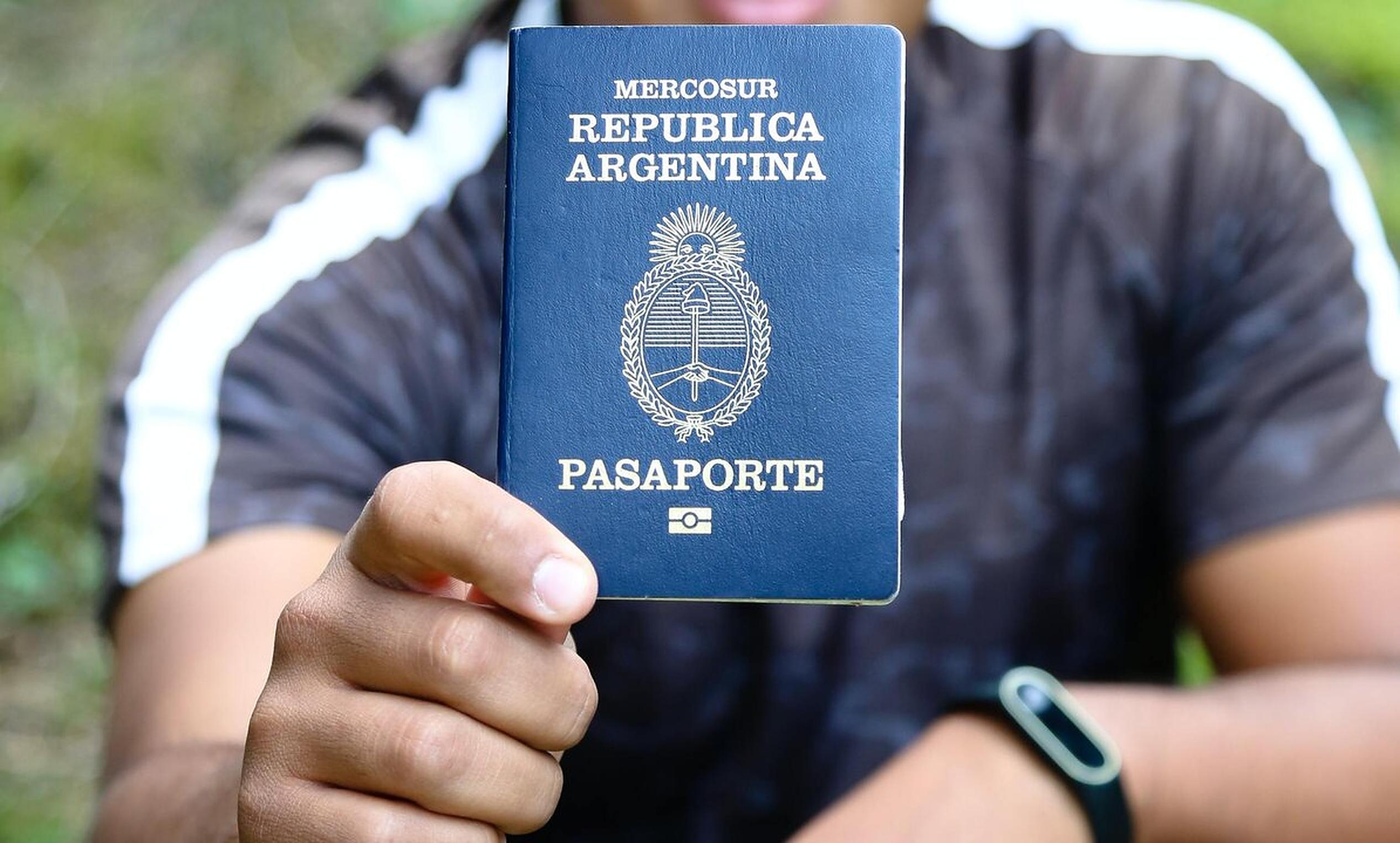 Bărbat, femeie, sau X. Argentina emite pașapoarte pentru persoanele non-binare, anunță președintele Alberto Fernandez