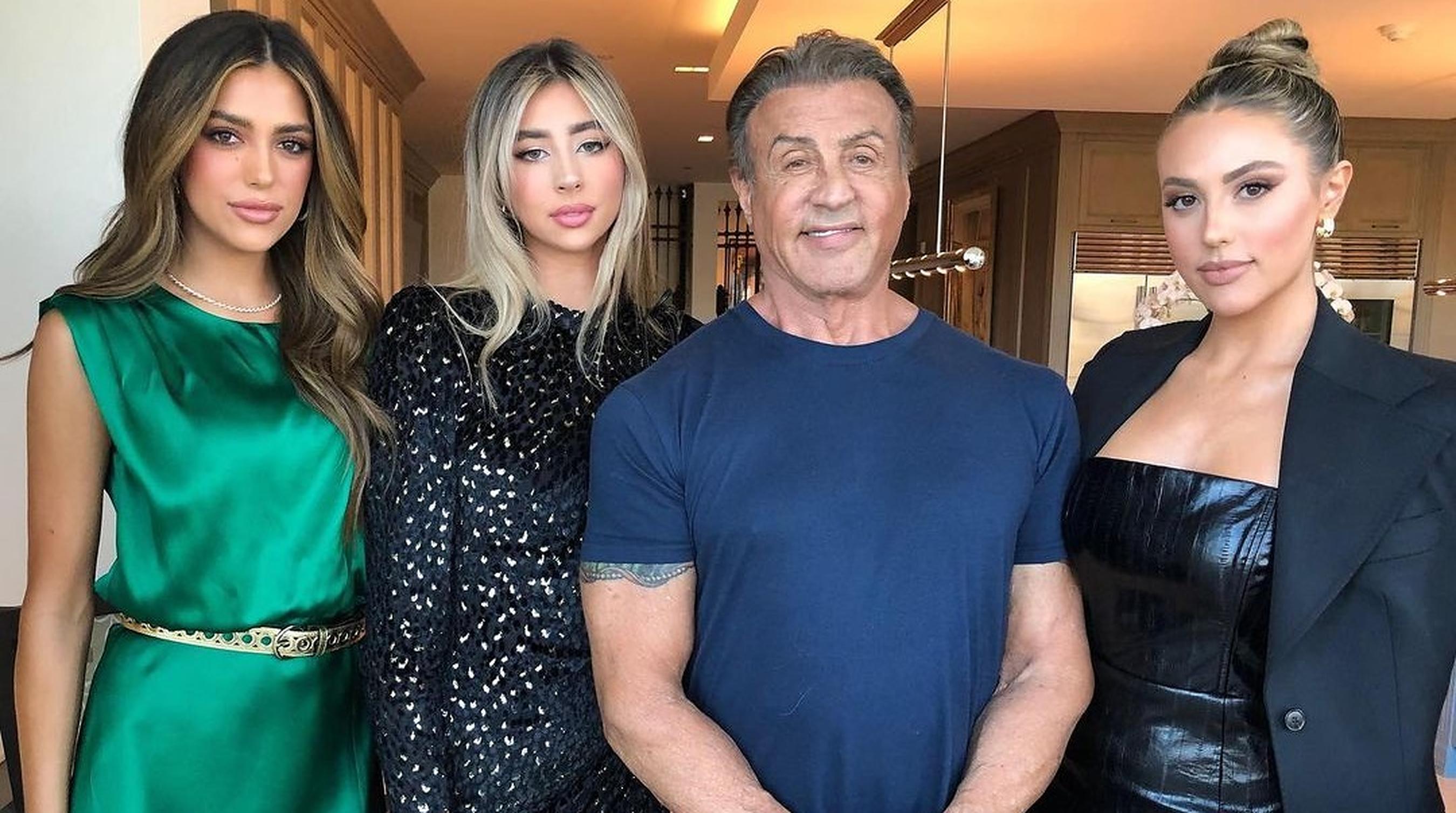 """Sylvester Stallone își dorește ca fiicele lui să """"nu mai crească așa înalte"""""""