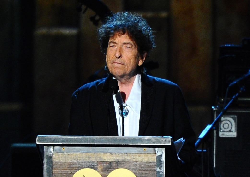 Bob Dylan e acuzat că a abuzat sexual o minoră în 1965