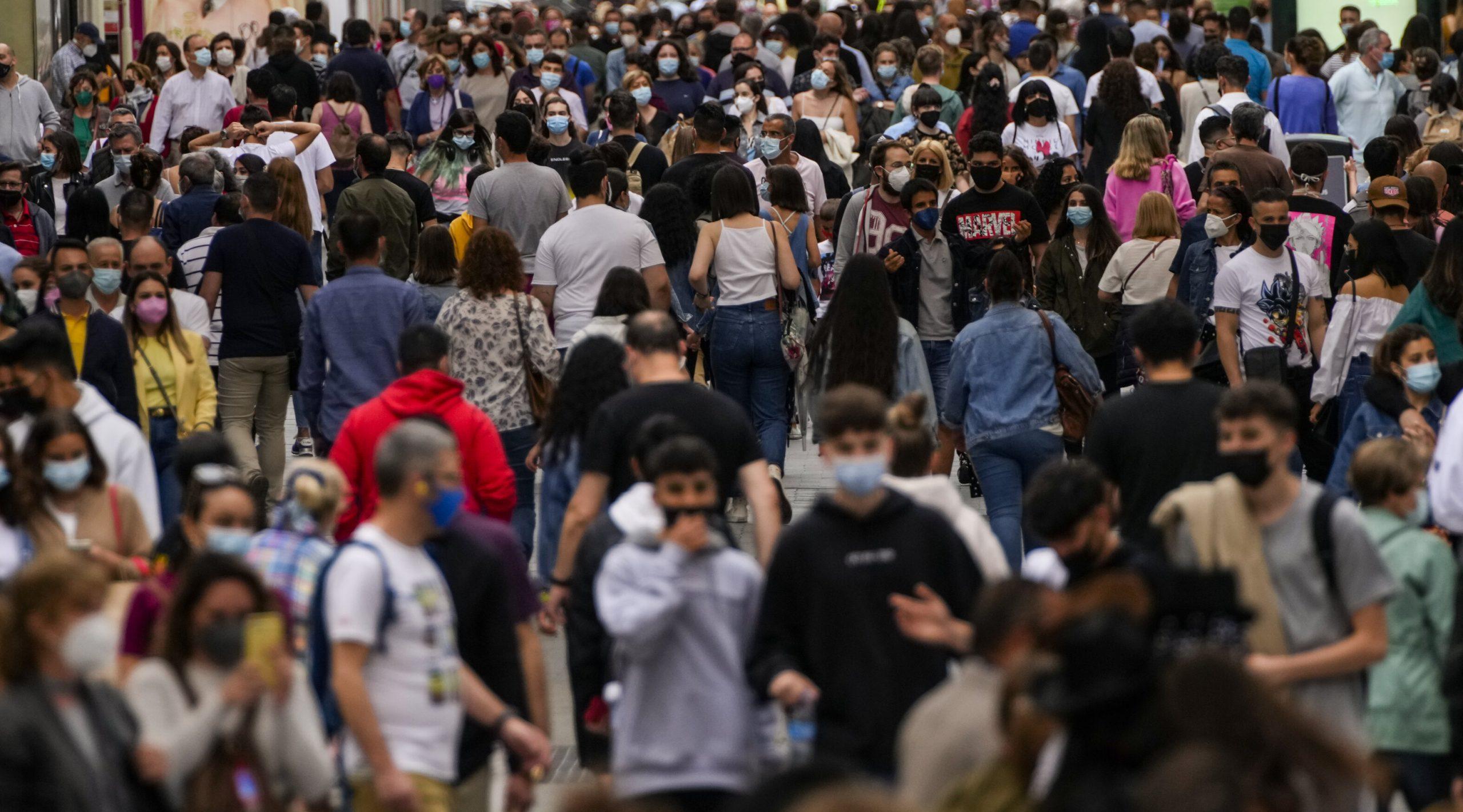 """""""Pandemia nu este la sfârșit, ci la început"""", avertizează fostul epidemiolog al OMS Larry Brilliant. Ar putea apărea o """"super variantă"""""""