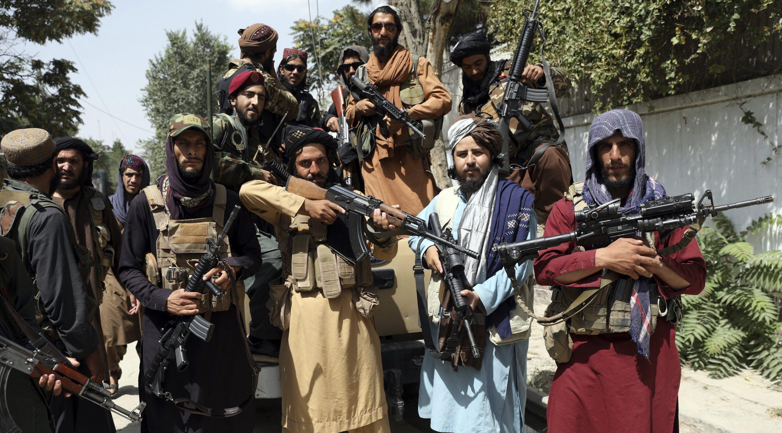 """Afganistan: Alianța Nord-Atlantică a fost învinsă de o armată de """"păstori de capre"""""""