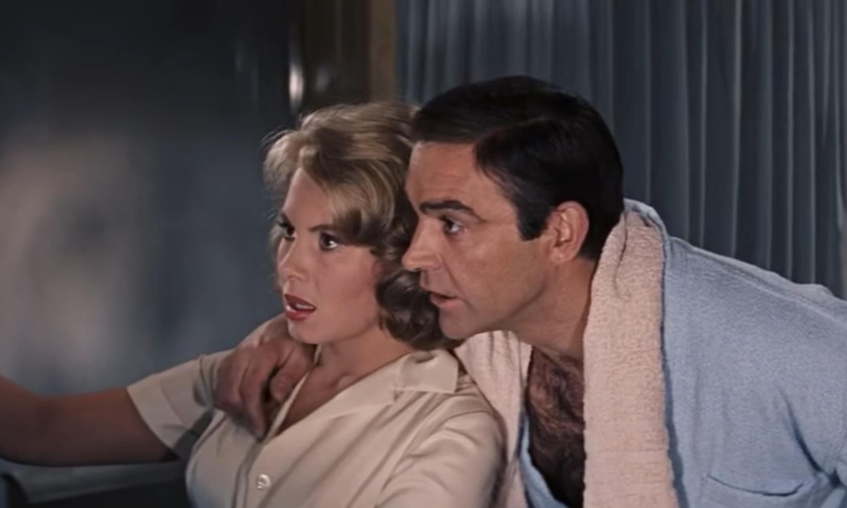 """Personajul James Bond jucat de Sean Connery era """"un violator"""", spune noul regizor al seriei 007"""