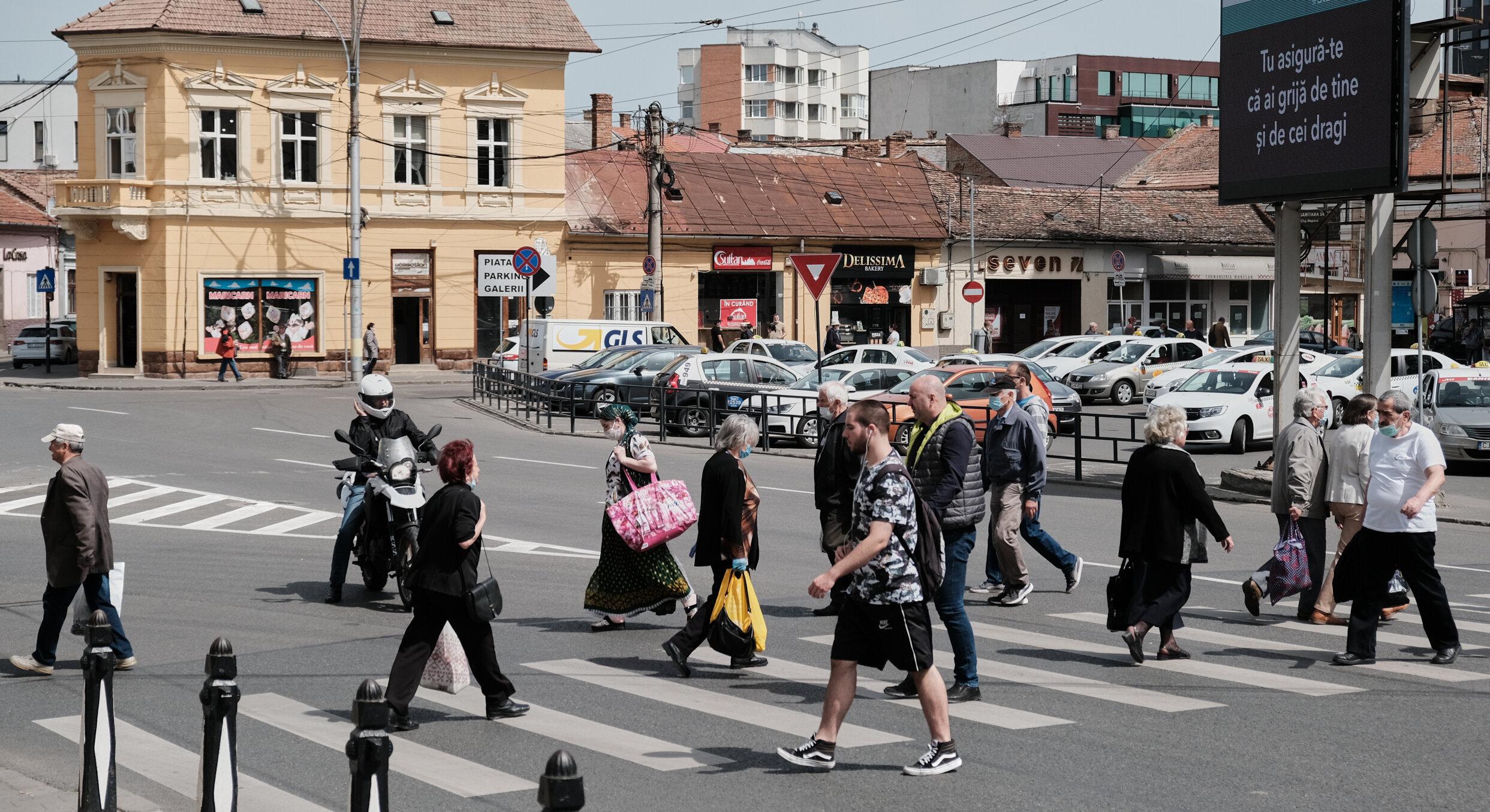 Curtea de Apel Cluj anulează hotărârile de guvern care impun certificatul verde și continuarea stării de alertă