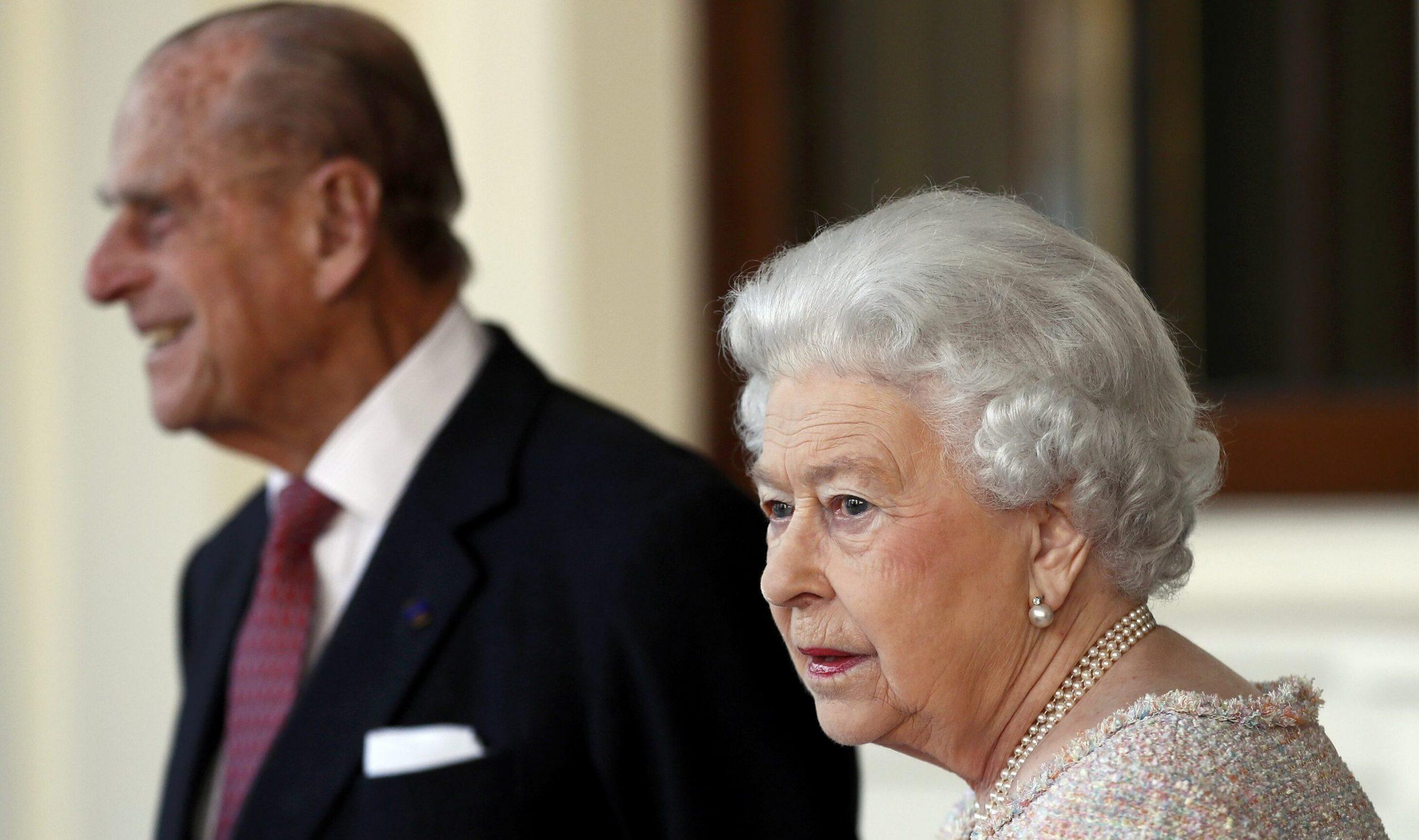 """UK  Înalta Curte dispune ca testamentul Prințului Philip să rămână secret, pentru """"a proteja demnitatea Reginei"""""""