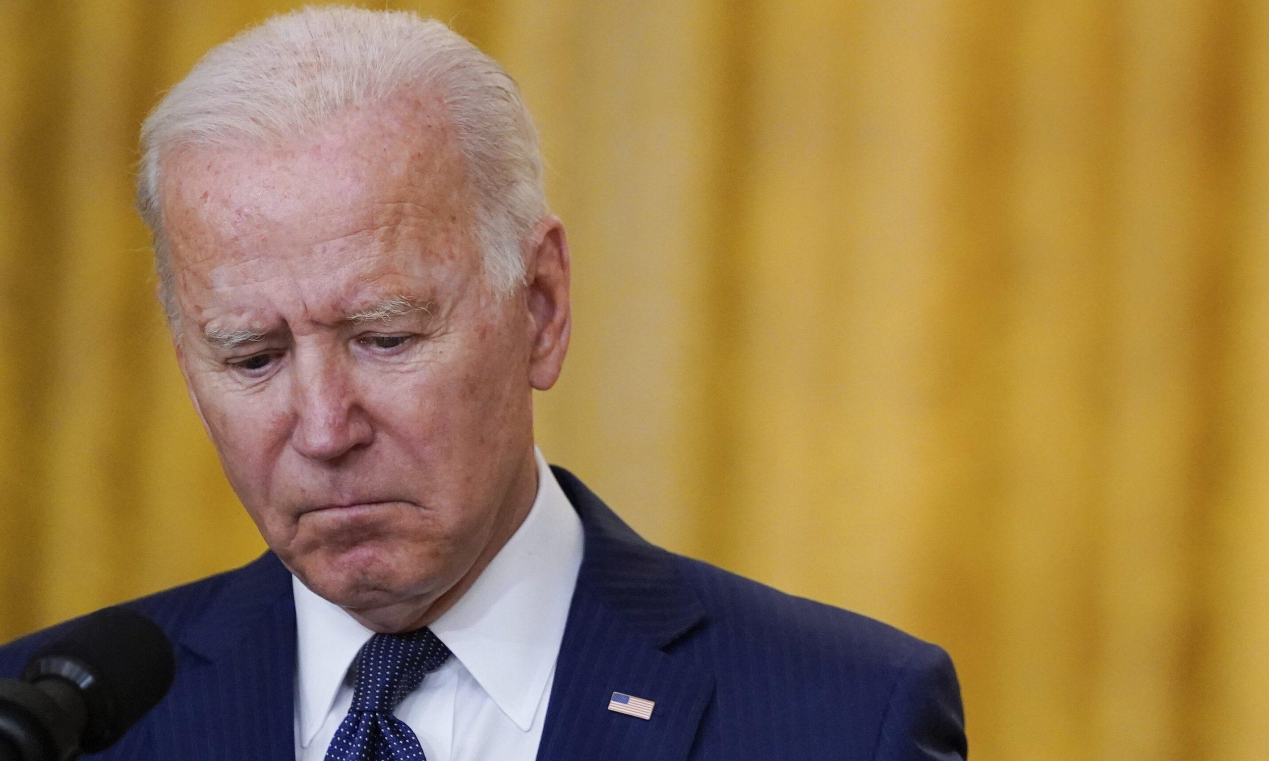 """VIDEO  Joe Biden se întoarce în timp: """"Până în 2020 vom avea emisii zero la electricitate"""""""