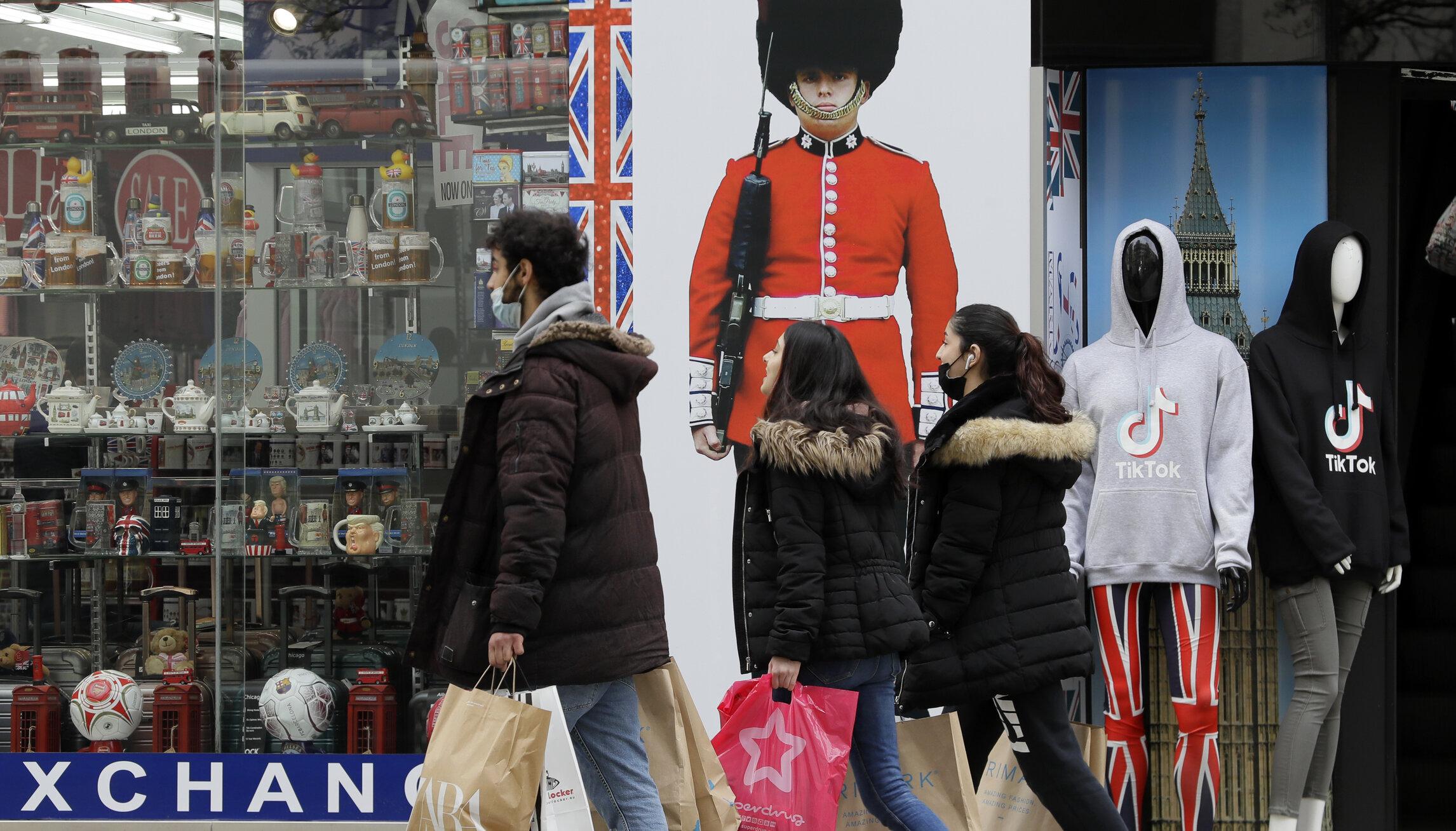 Marea Britanie și Olanda înregistrează creșteri semnificative ale numărului de noi infectări Covid